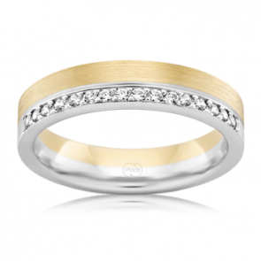 18k 2T Diamond Wedding Band - 0.16ct TDW