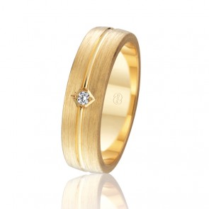 18k Diamond Set Faceted Wedding Band