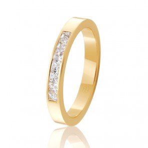18k Diamond Set Wedding Ring - 0.35ct Total Diamond Weight