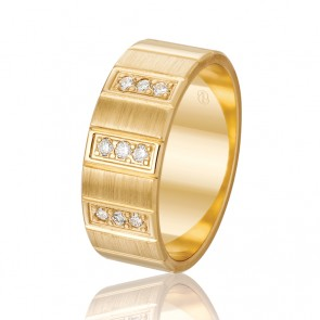 18k Diamond & Faceted Wedding Band - 0.18ct Total Diamond Weight