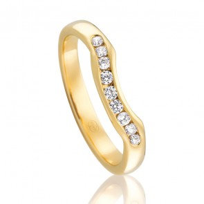 18kt Diamond Set Fitted Wedding Band - 0.18ct Total Diamond Weight