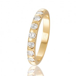 9kt Diamond Set Wedding Band - 0.49ct Total Diamond Weight