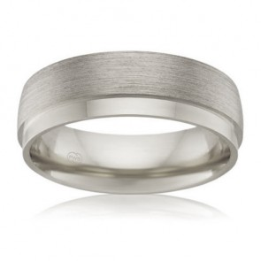 18k Mens Wedding Band - 7mm