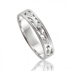 18k Filigree Ladies Wedding Ring