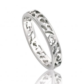 18kt Filigree Antique Wedding Band