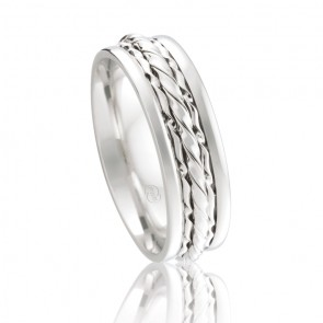 18k Wedding Ring with 3 Twist Centre