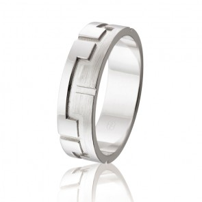 18k Fancy Wedding Band