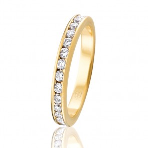 9k Diamond Eternity Band - 0.90ct Total Diamond Weight