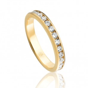 18k Ladies Eternity or Wedding Ring - 1.12ct Total Diamond Weight